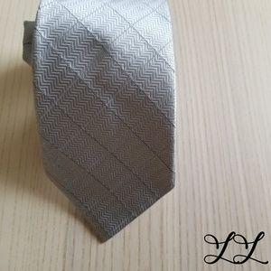 Donald J. Trump Sgntr Collection Tie Silver Silk